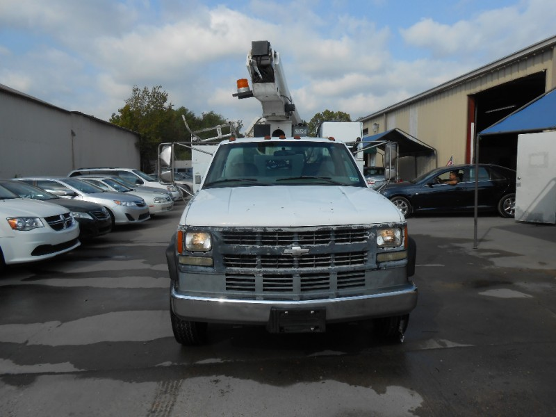 Chevrolet C 3500 HD 2002 price $6,900