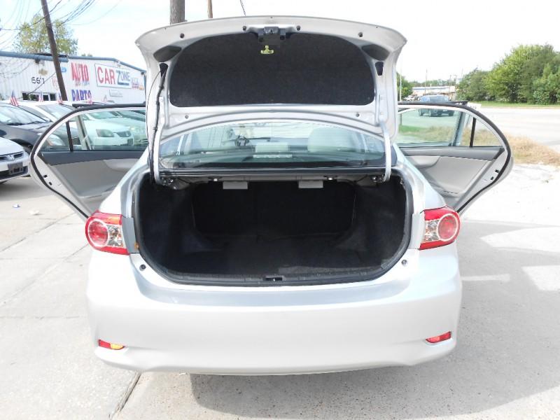 Toyota Corolla 2012 price $5,900