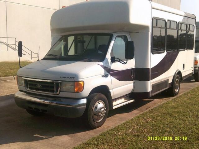 2004 ford e150 cargo van capacity