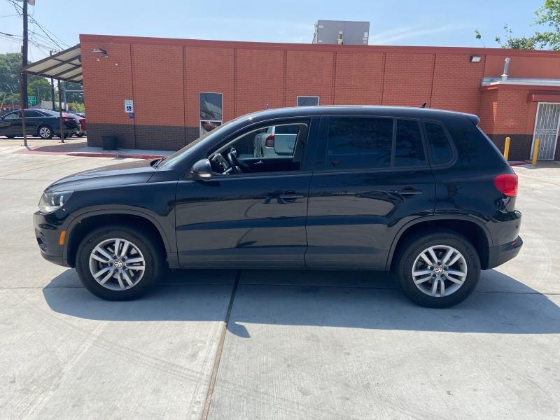 Volkswagen Tiguan 2013 price $5,250
