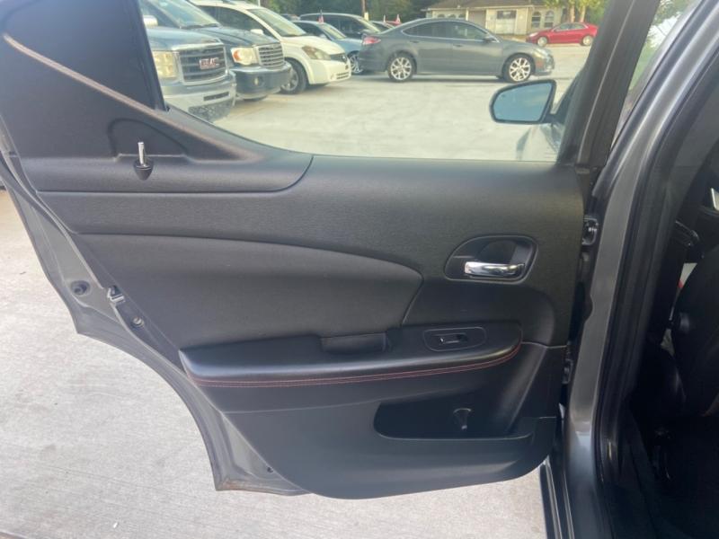 Dodge Avenger 2012 price $5,990