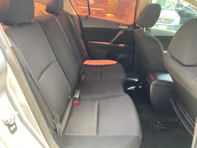 Mazda Mazda3 2013 price $4,900
