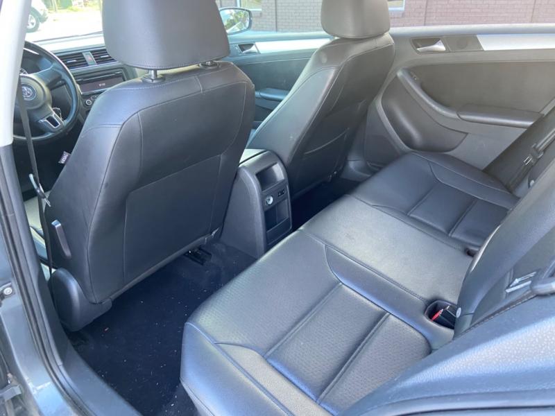 Volkswagen Jetta Sedan 2013 price $5,900
