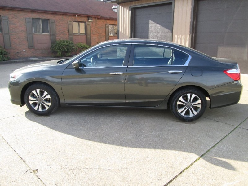 Honda Accord Sedan 2013 price $12,500