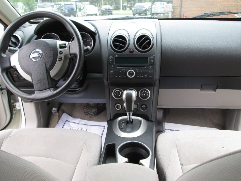 Nissan Rogue 2010 price $3,695