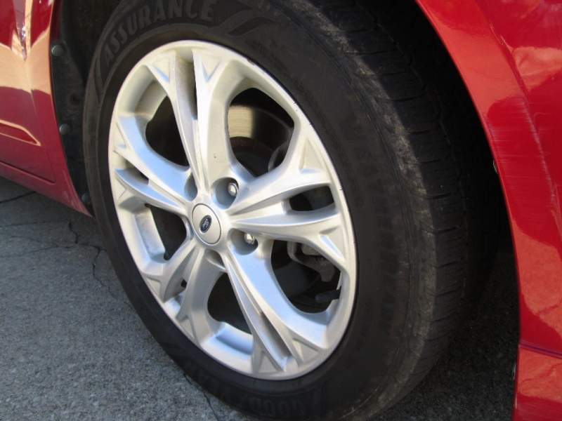 Ford Fusion 2012 price $7,095
