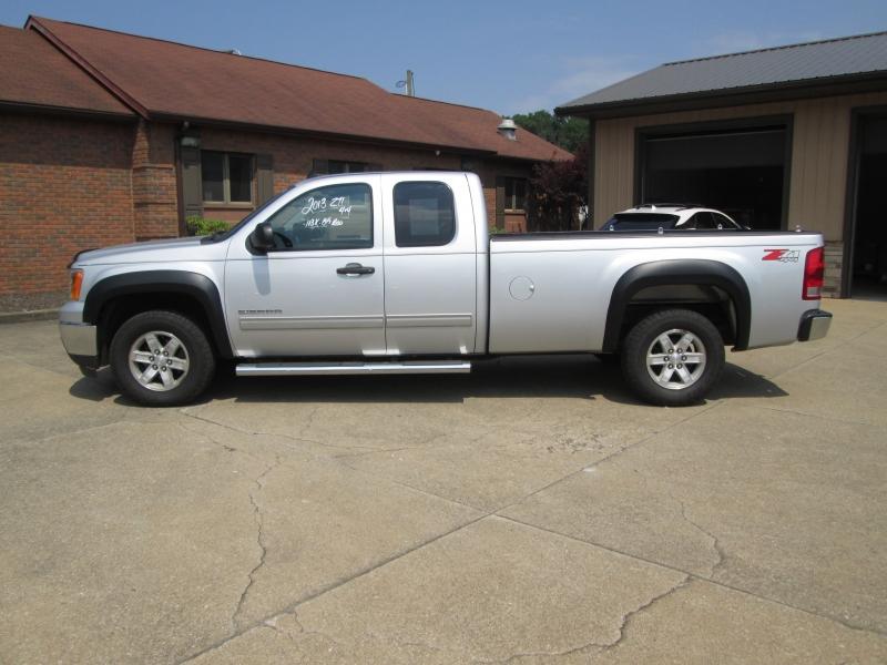 GMC Sierra 1500 2013 price $16,495