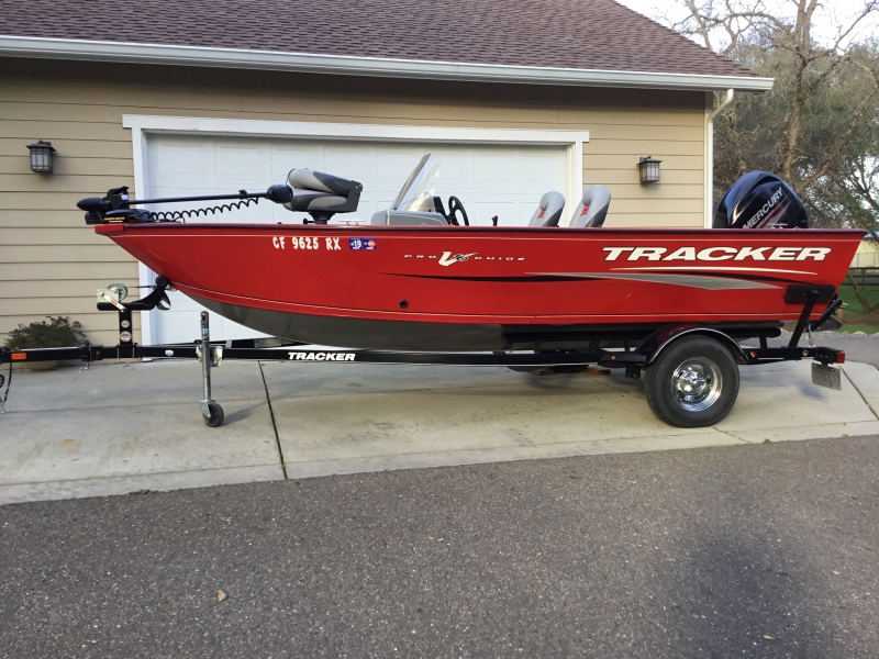 Bass Tracker Pro V 16 Guide 2016 price $13,995