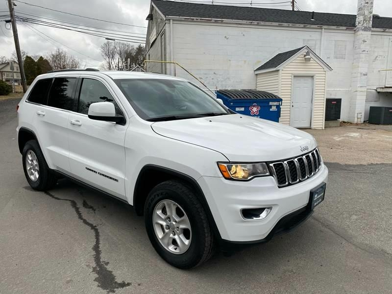 Jeep Grand Cherokee 2017 price $20,287
