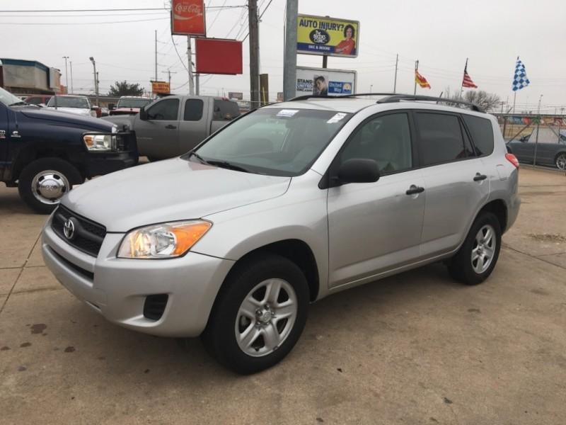 Toyota RAV4 2010 price $5,677