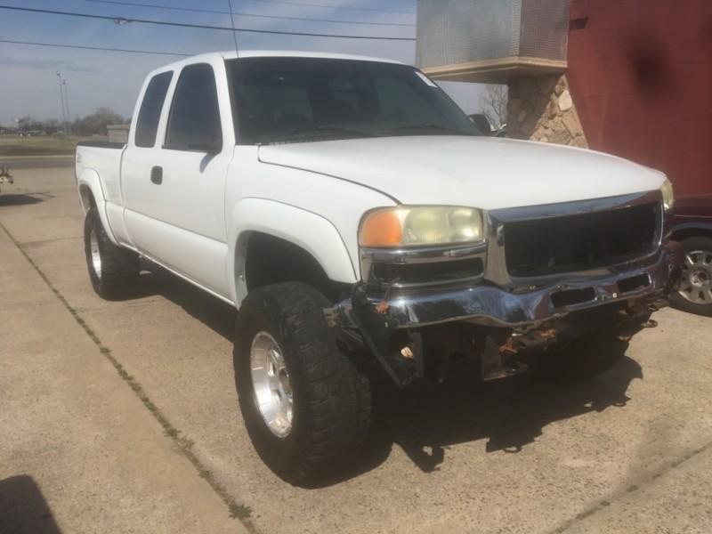 GMC Sierra 1500 2006 price 8775