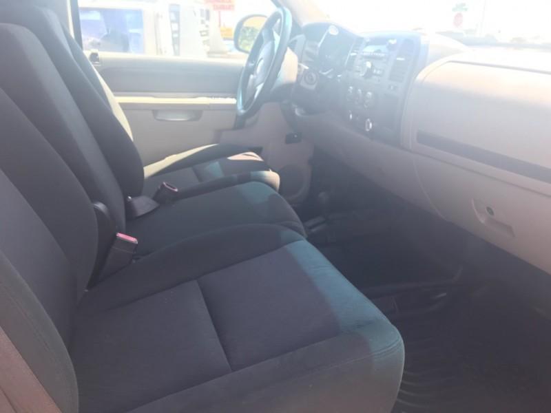 Chevrolet Silverado 2500HD 2012 price $13,995
