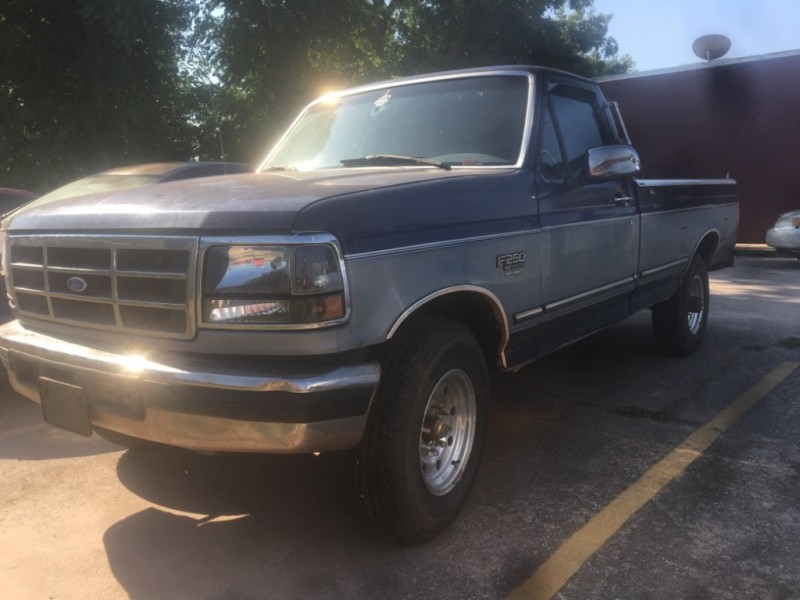 Ford F-250 1995 price $3,995