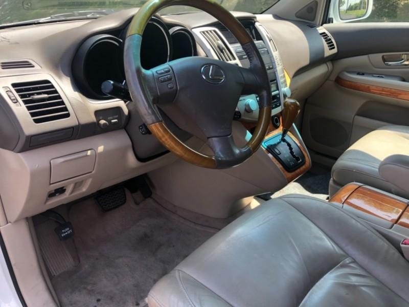 Lexus RX 330 2006 price $8,888