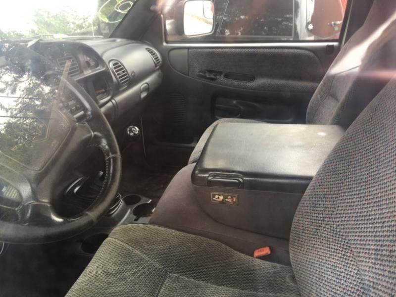 Dodge Ram BR3500 2002 price $8,777