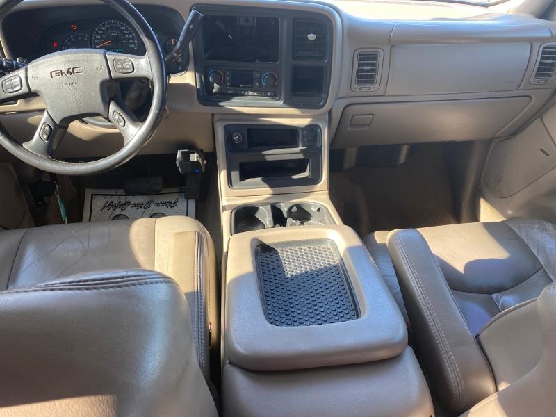 GMC Sierra 2500HD 2005 price $5,995