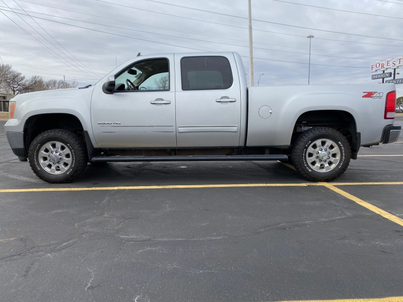 GMC Sierra 2500HD 2011 price $10,995