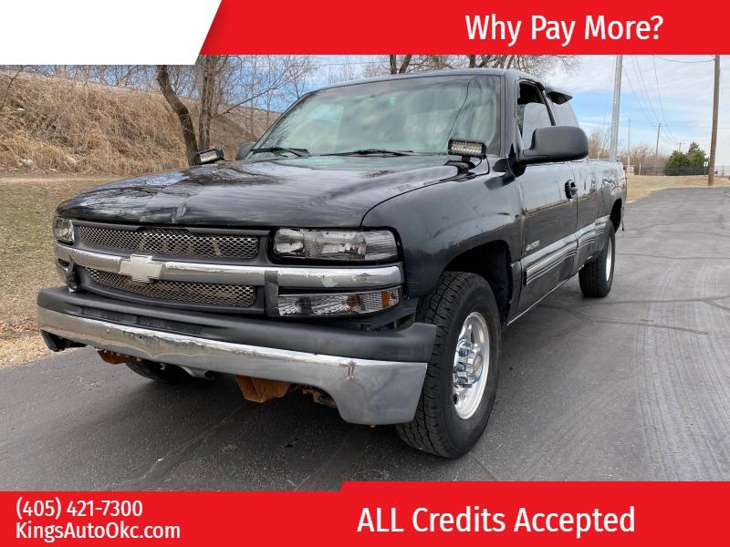 Chevrolet Silverado 2500 2000 price $2,000