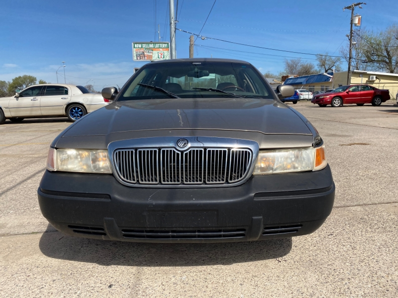 Mercury Grand Marquis 2002 price $1,500