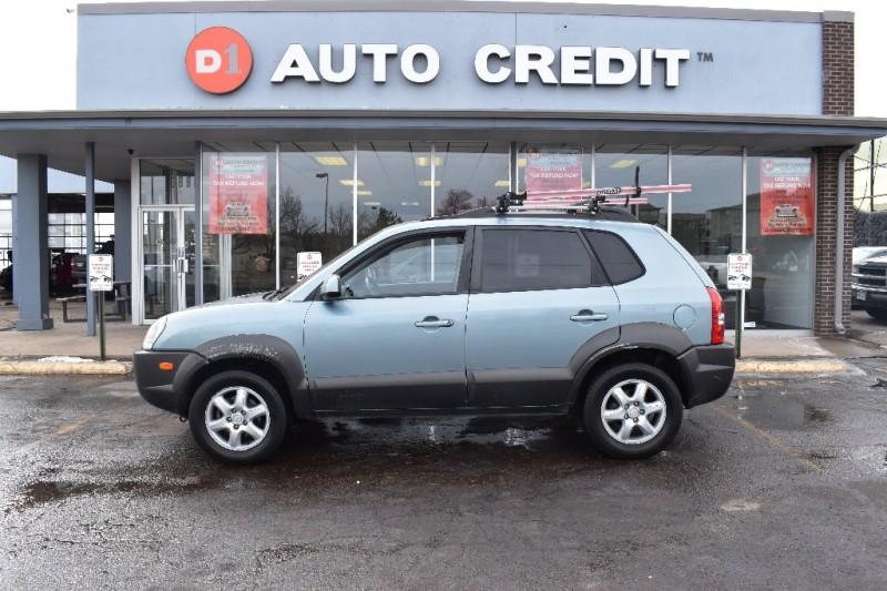Hyundai TUCSON 2005 price Call for Pricing.