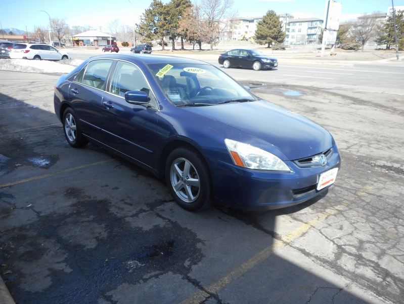 Honda Accord Sdn 2005 price Call for Pricing.