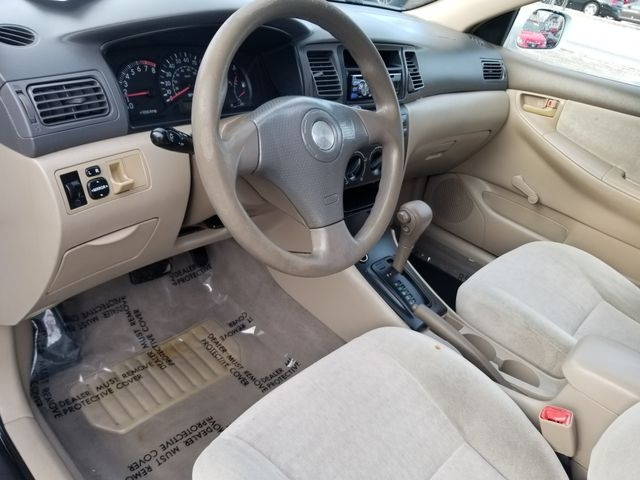 Toyota Corolla 2004 price $2,900