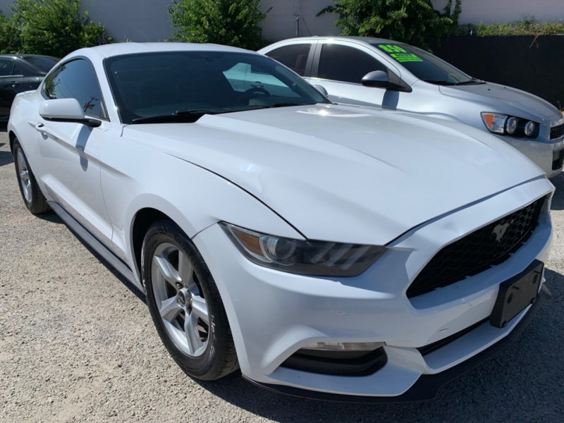 Ford Mustang 2015 price $16,995