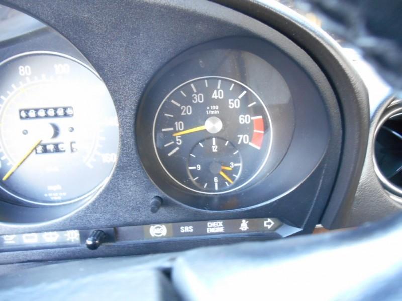 Mercedes-Benz 560 Series 1988 price $0