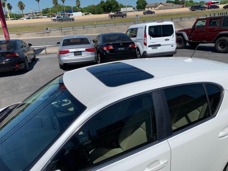 Lexus CT 200h 2012 price $9,950