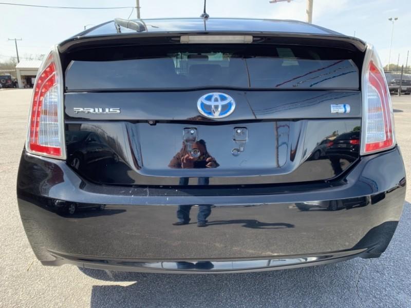 Toyota Prius 2012 price $9,450