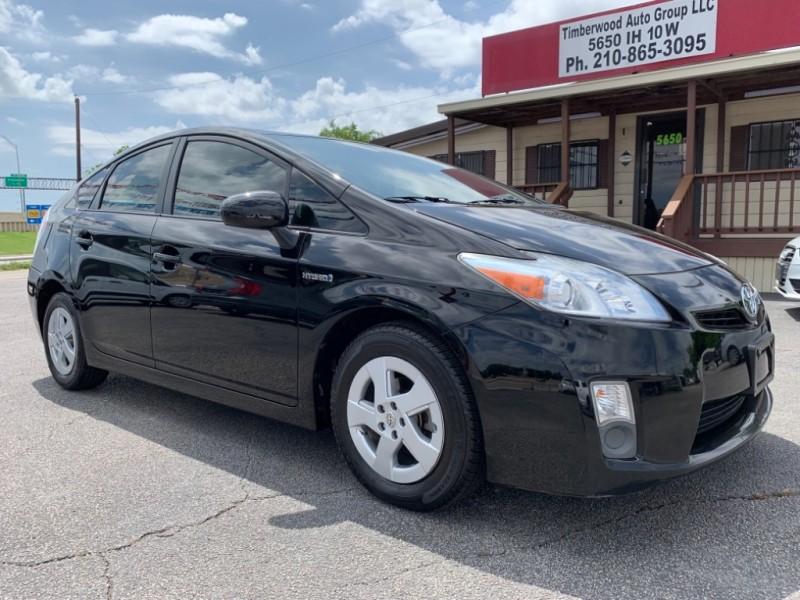 Toyota Prius 2011 price $9,450
