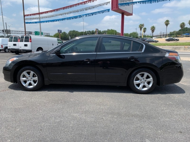 Nissan Altima 2008 price $7,450