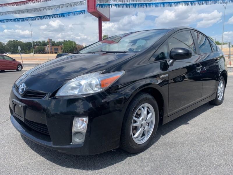 Toyota Prius 2010 price $5,250