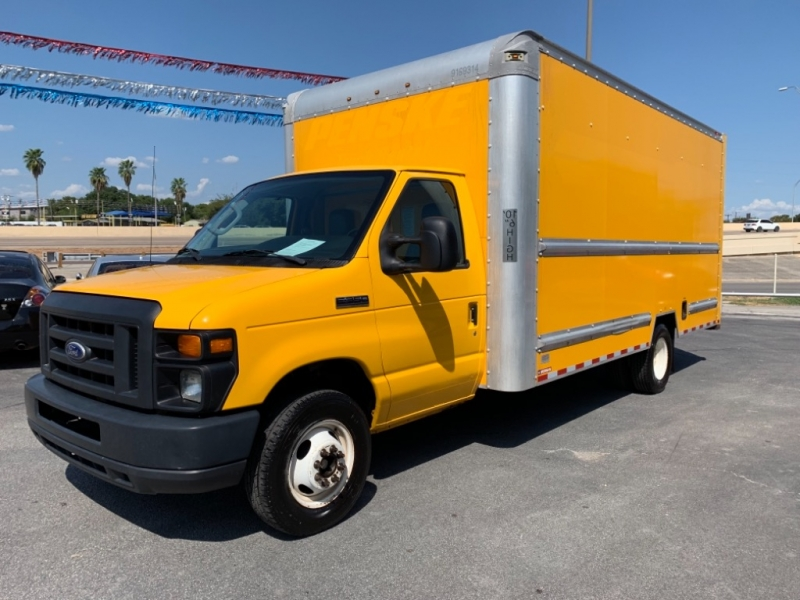 Ford Econoline Commercial Cutaway 2016 price $14,950