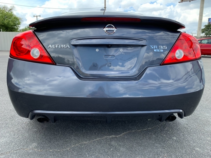 Nissan Altima 2010 price $8,950