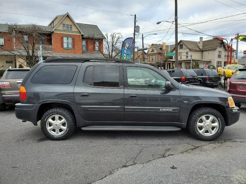 GMC Envoy XL 2003 price $4,265