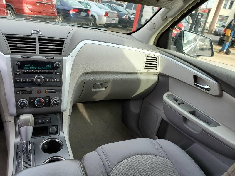 Chevrolet Traverse 2009 price $10,295