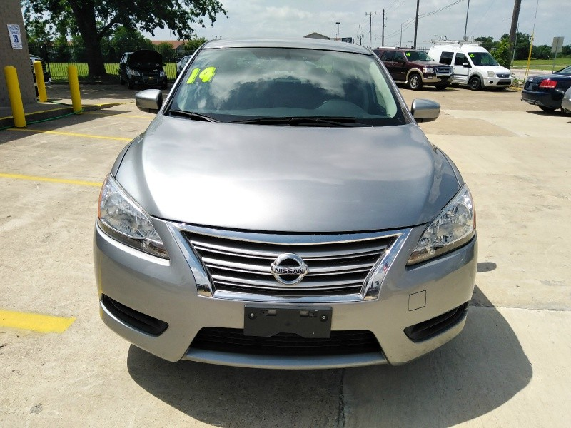 Nissan Sentra 2014 price $5,994