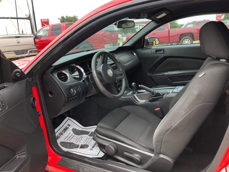 Ford Mustang 2011 price $5,991