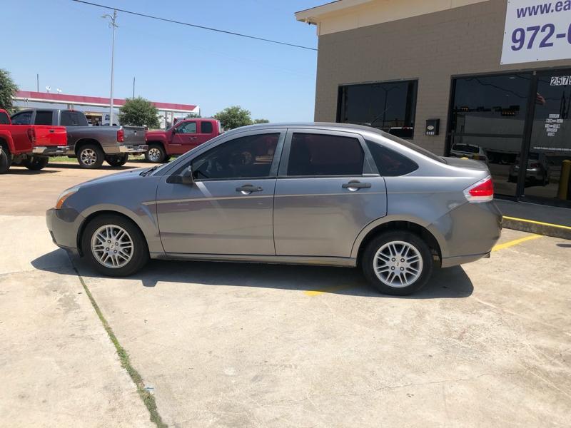 Ford Focus 2010 price $3,994