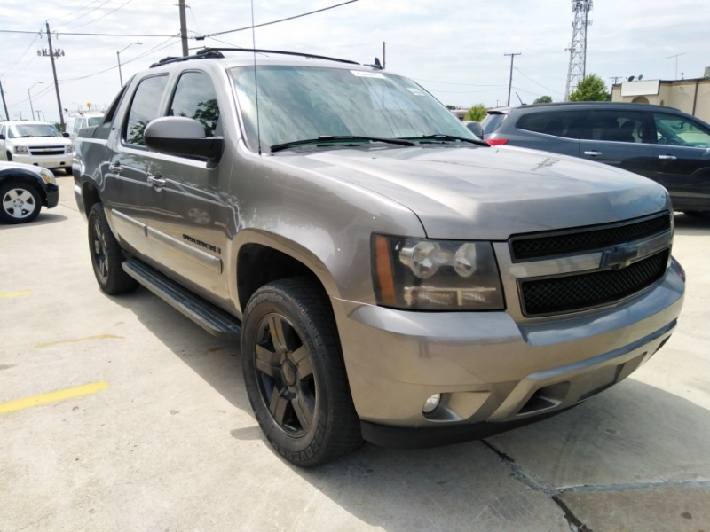 Chevrolet Avalanche 2007 price $8,991