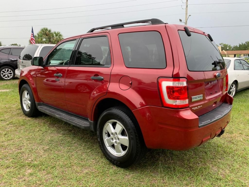 FORD ESCAPE 2010 price $4,500