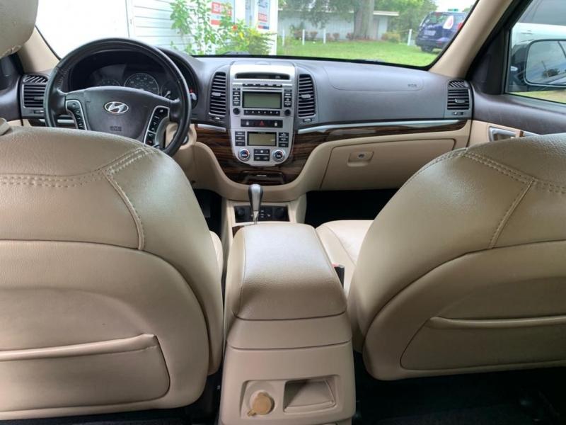 HYUNDAI SANTA FE 2010 price $5,290