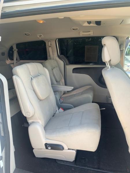 Dodge Grand Caravan 2012 price $5,998