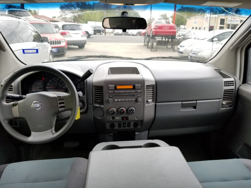 Nissan Titan 2006 price $4,999