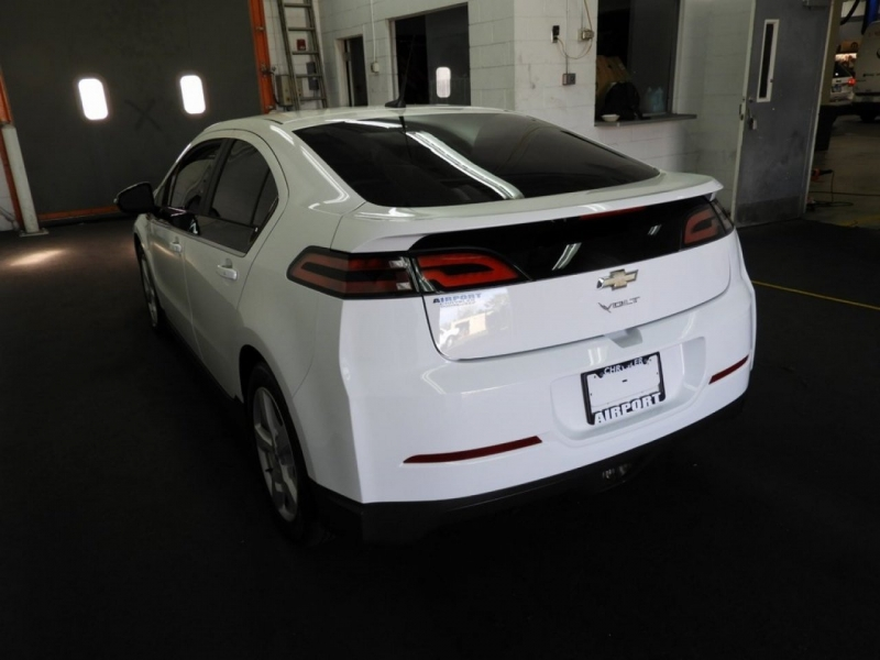 Chevrolet Volt 2014 price $8,998