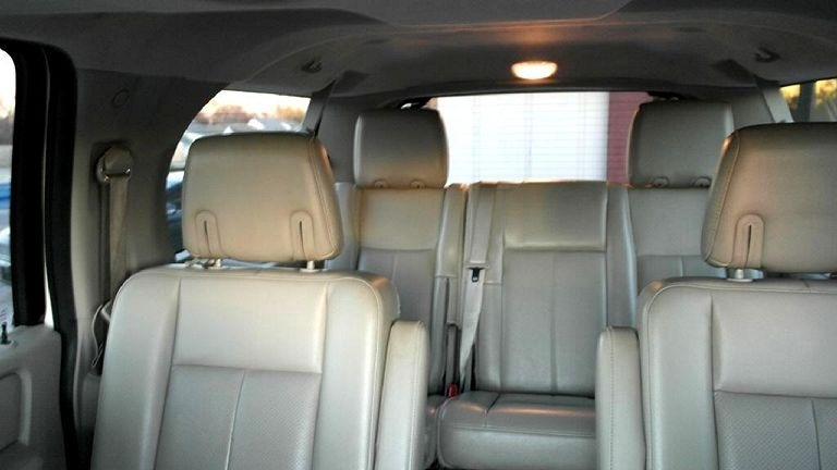 Ford Expedition Limited 4WD 2011 price $8,998