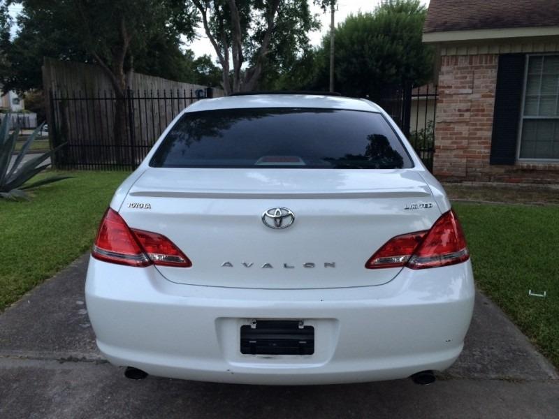 Toyota Avalon 2007 price $3,998