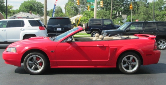 2002 Ford MUSTANG GT CONVERTIBLE DELUXE