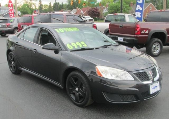 2010 Pontiac G6 4DR SEDAN